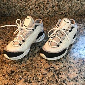 Nike Shoes - 1999 Nike Air Max Vintage Women's 6